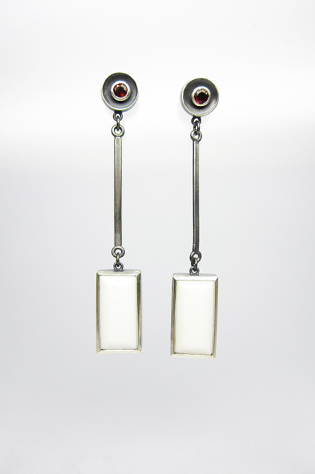 Earrings: White Agate, Garnet & Silver